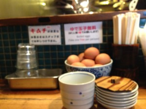 ゆで卵は一個だけ無料
