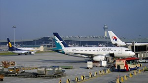 photo credit: SilkAir Airbus A319 via photopin (license)