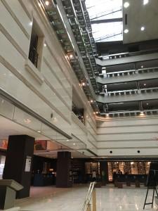 京都ブライトンホテルの内部